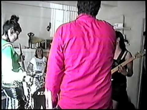 The Knives @  house party (santa cruz, ca)  [part 1/2] (sept 1999)