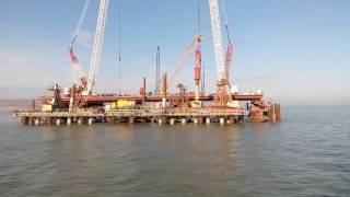 Погружение сваи в опору Крымского моста
