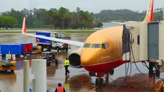4K Southwest (CLASSIC LIVERY!) Boeing 737-700 Take Off @ MCO!