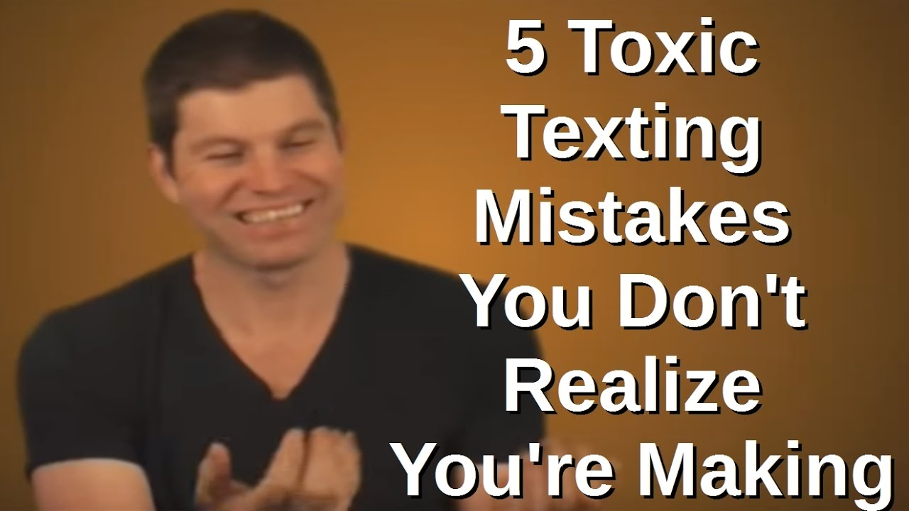 Why a Girl Doesn't Text Back - 5 Toxic Texting Mistakes You Don't