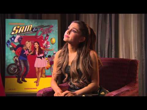 Sam & Cat: Ariana Grande & Jennette McCurdy - Full Interview.