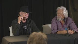 Neil Young and David Suzuki slam federal government record on the environment