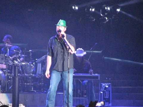 Blake Shelton My Eyes 3 17 17 Rosemont Illinois
