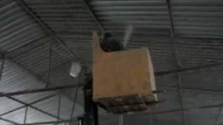 видео Утепление металлических ангара и складов эковатой и минватой