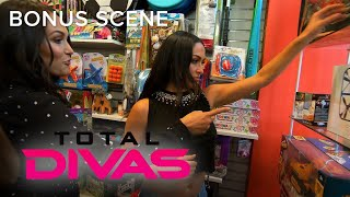 Total Divas | Brie & Nikki Bella Buy Children's Toys for Bryan | E!