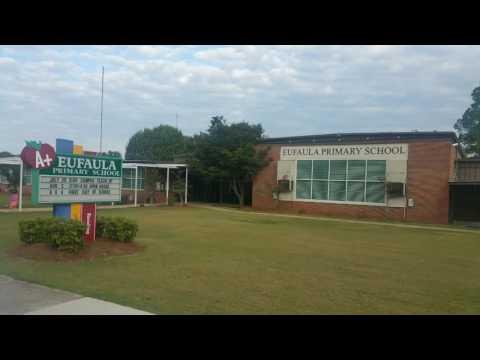 Teeba visits Eufaula Primary School