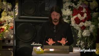 Download Dave Grohl at Lemmy's funeral Mp3 and Videos