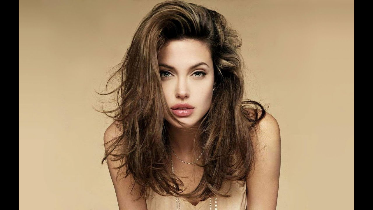 maxresdefault - Hottest Female Celebrities