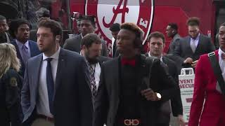 Alabama arrives at Levi's Stadium for national championship game