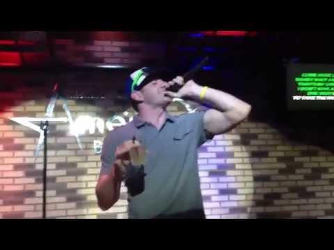 Karaoke: My Name Is - Eminem