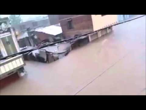 Gujarat flood  Water come in house street