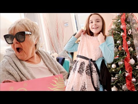 SURPRISING MY FAMILY WITH $10,000 IN CHRISTMAS GIFTS!!