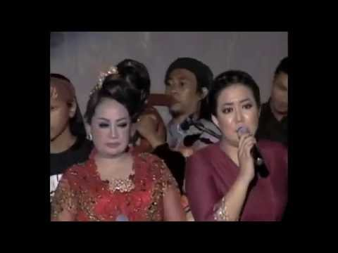 CIKAPUNDUNG - Risa Saraswati - Karinding Attack & Bungsu Bandung