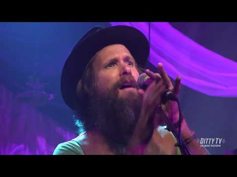 """Jimmy Lumpkin & The Revival perform """"My Name is Love"""" on DittyTV"""