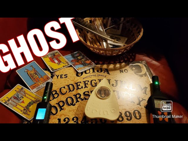 OUIJA MOVES WHEN NO ONES TOUCHING!! GHOST HUNT NIGHTMARE!