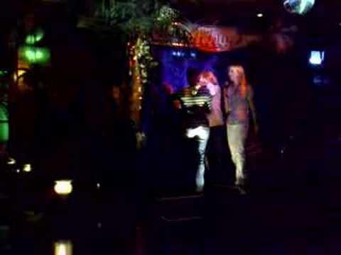 Munich Karaoke Sinje, Julia, Laura