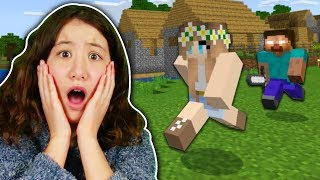 SCARING MY LITTLE SISTER IN MINECRAFT!