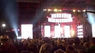 Miranda Lambert sings famous in a small town  CMA Music Fest 2009