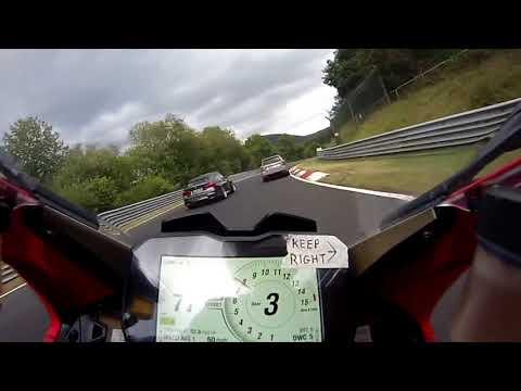 fast biker vs