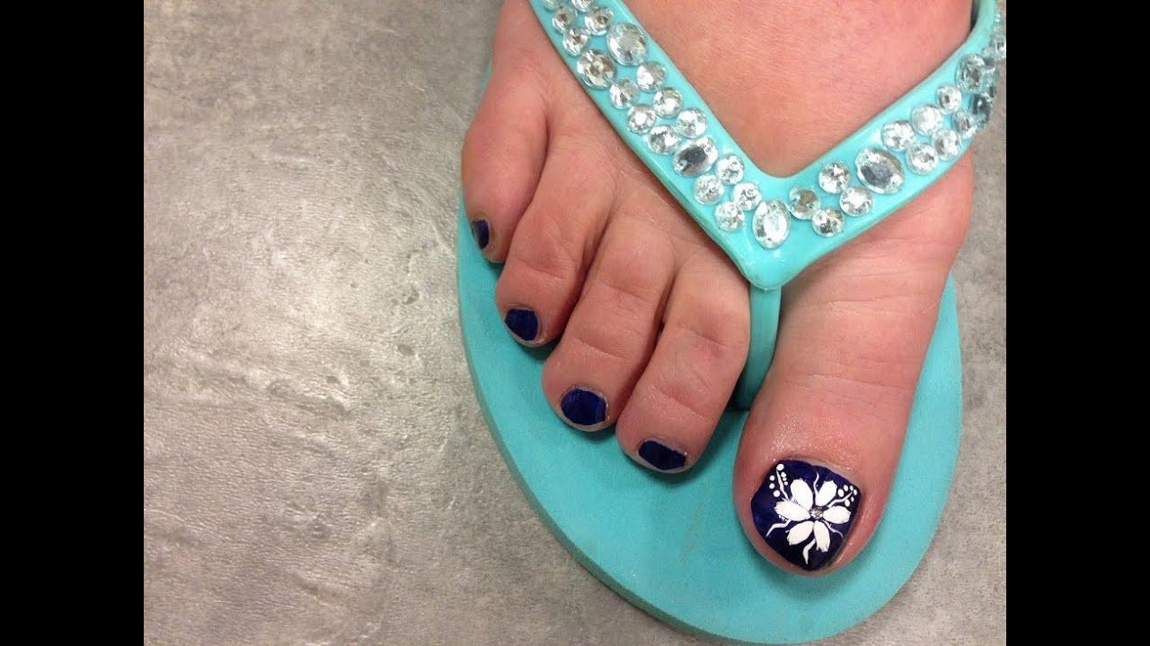 toenail art ideas white flower