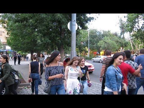 Yerevan, 07.07.17, Fr, Video-2, Moskovyan-Baghramyan, Shatrvan.