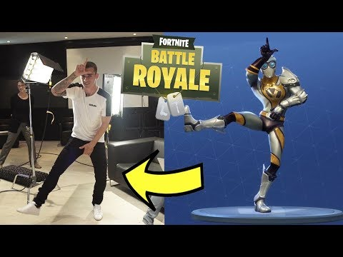 ANTOINE GRIEZMANN RECREATES FORTNITE DANCES IN REAL LIFE!