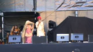 takdum takdum bajai bangladesher dhol bangla song with dance in Asia festival 2011