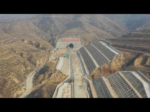 Longest tunnel for Beijing-Zhangjiakou high-speed railway finished drilling