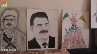 غرفة الأخبارسياسة   طفل سوري يعزف للسلام ويرسم للأمان