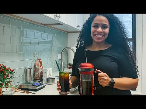 Starbucks At Home: Cold Brew Two Ways