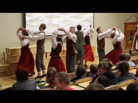 """Rēzeknes tehnikuma tautas deju kolektīvs """"Oira"""""""