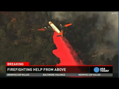 Firefighting planes help battle California blazes