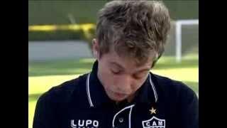 Despedida do Bernard | Globo Esporte - Bernard chora ao relembrar carreira no Galo - 08/08/2013