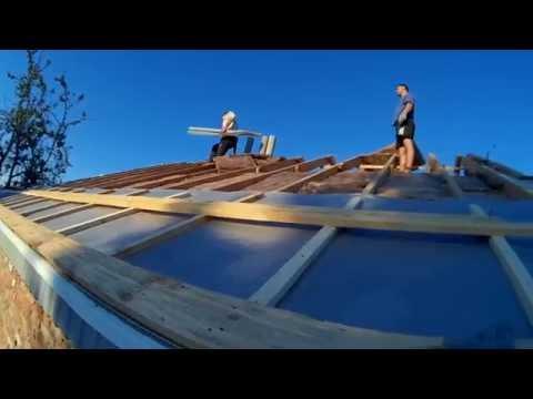 Постройка дома, как правильно сделать крышу, Параизоляцию, обрешётку, отливы. (Серия №6)