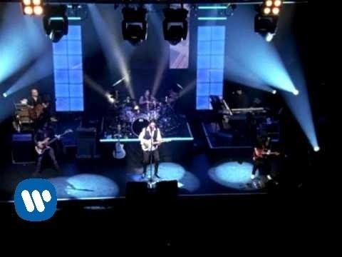 Maná - Manda Una Senal (Music Video)