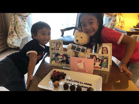 KEREN BANGET Room Tour Zara Cute di Hotel Gran Mahakam Jakarta   Dapat Mainan Anak Boneka Beruang