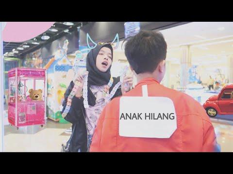 Part 2 PRANK Nempelin 'TEPOK AKU DONG' Di Mall Sambil Main Bareng Fateh Halilintar