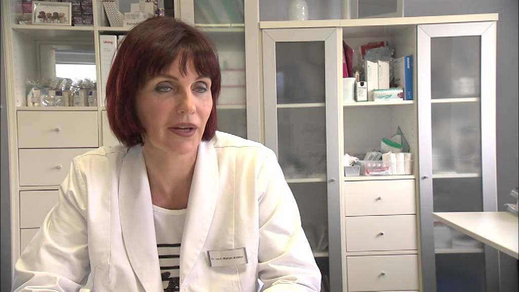 Hautkrebsvorsorge Frau Dr. Marion Krakor in Leipzig - YouTube
