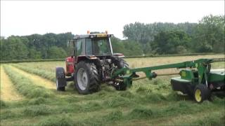 Mowing for Haylage with Massey Ferguson