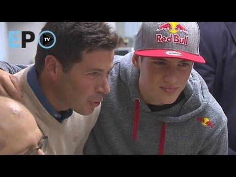 Largas colas en Lugo por un autógrafo del campeón del mundo