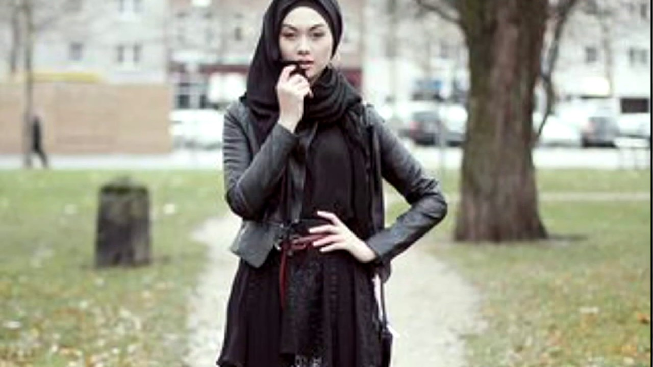 Leather jacket hijab - Cool Ideas To Wear Hijab For Funky Look