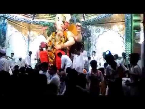Lalbgagh Chya Raja Darshan 2 2015