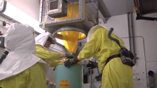 workers remove last pencil tank from key area of hanford s plutonium finishing plant