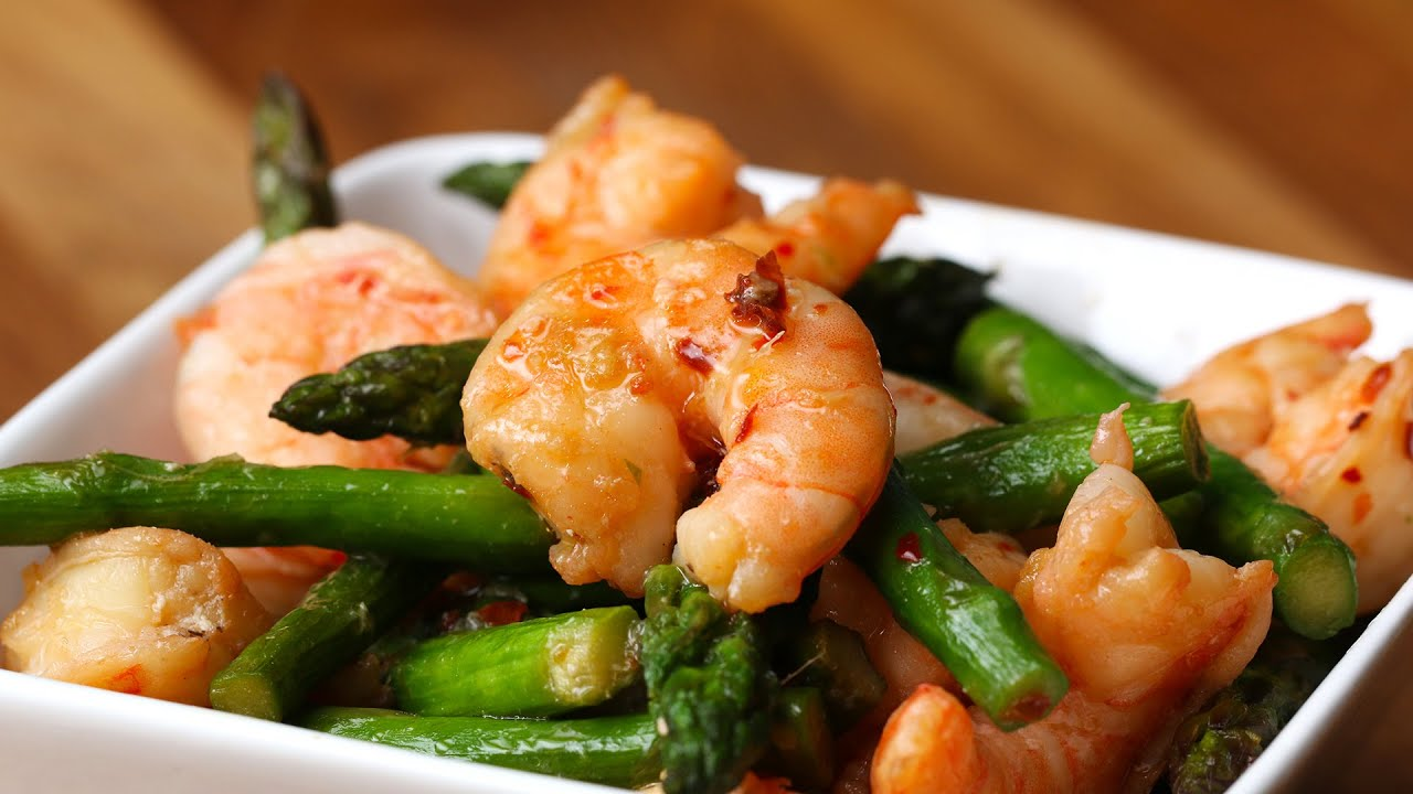 Shrimp and asparagus stir fry under 300 calories youtube ccuart Gallery