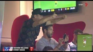 Matt Damon and Chris Hemsworth go crazy   The 10 best moments   Round 1, 2019   AFL thumbnail