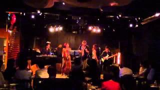 2013.6.29 いりなか 58ムーンでのライブ、AVERAGE WHITE BANDのカバー.