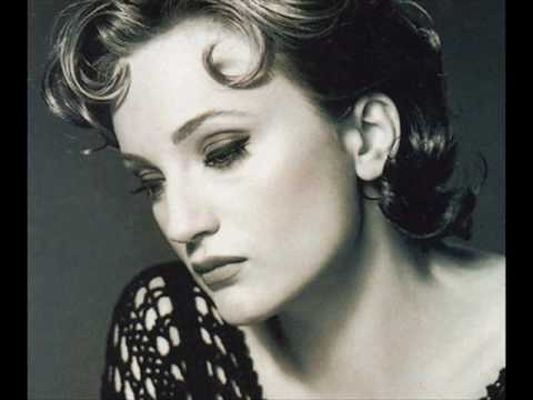 Patricia Kaas - If You Go Away.wmv