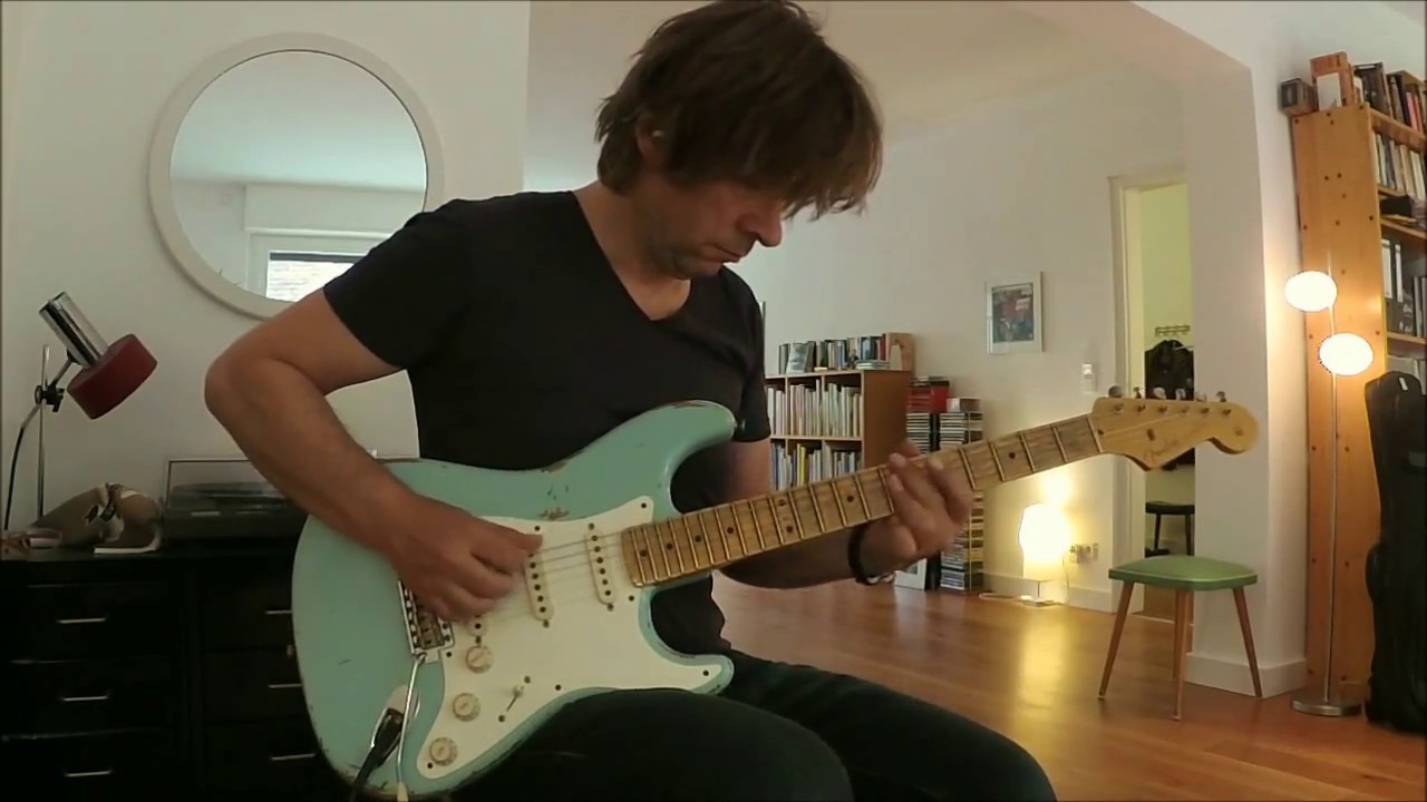 Limited Eric Clapton Signature Stratocaster Daphne Blue Grey By Fender Custom 2016