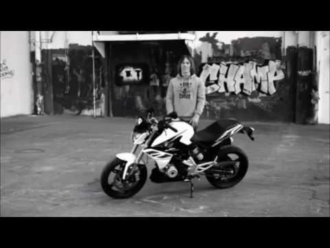BMW G310R Presentation Videos