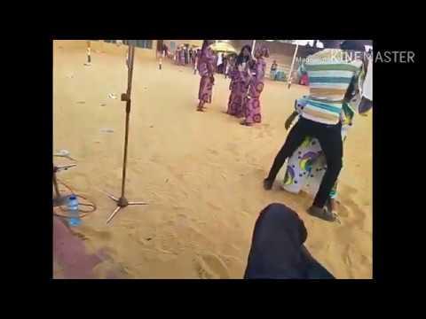 Download Kalli yadda ake cinduri a tsaye(Hausa)